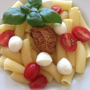 Pasta mit selbstgemachtem Pesto aus dem Thermomix von Vorwerk